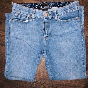 Levis women jeans